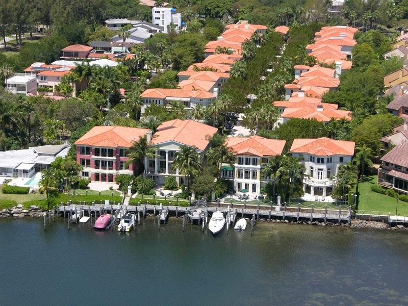 Los famosos reactivan el mercado inmobiliario en Miami -