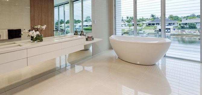 Trucos para elegir el mejor suelo para tu ba o for Suelos para cuartos de bano