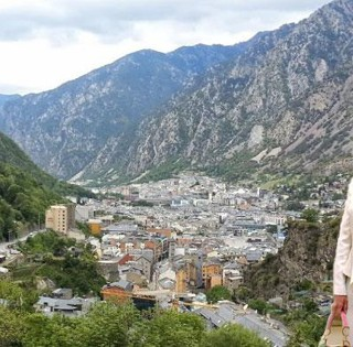 La baronesa Thyssen invierte en Andorra: dos casas de lujo, 10 millones de euros